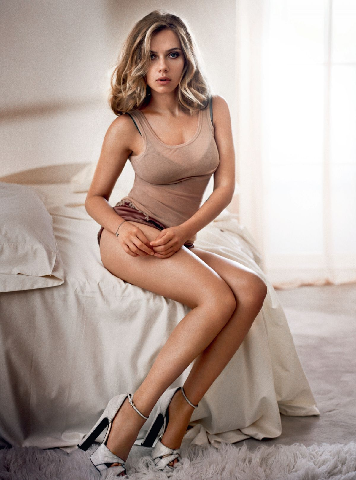 M A A C Action Hottie Of The Week Elizabeth Olsen