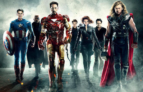 <h3>First Look Featurette Of Marvel&#8217;s AVENGERS: INFINITY WAR. UPDATE: D23 Expo Poster</h3>