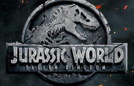 <h3>First Trailer For JURASSIC WORLD: FALLEN KINGDOM Starring CHRIS PRATT</h3>